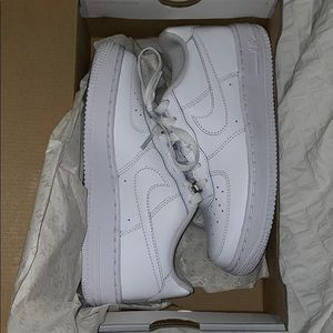 Shoes - NIKE AIR FORCE ONE